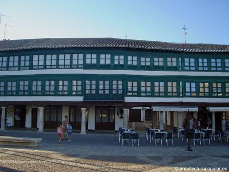 Plaza mayor almagro ciudad real for Escaleras villar