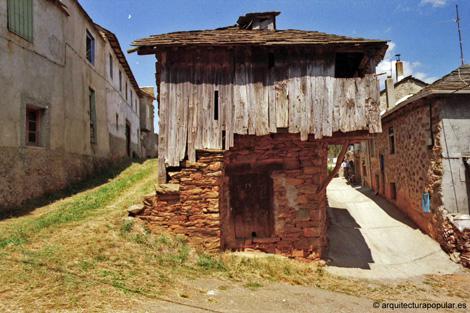 El casco urbano de villar del monte leon for Escaleras villar